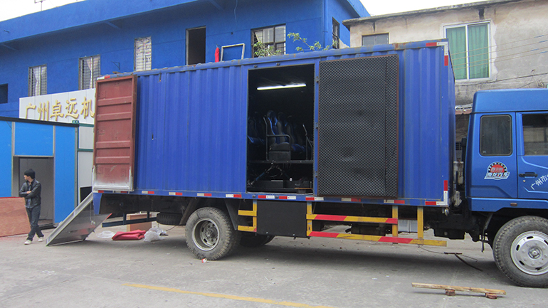Hydraulic system truck mobile 9d cinema equipment