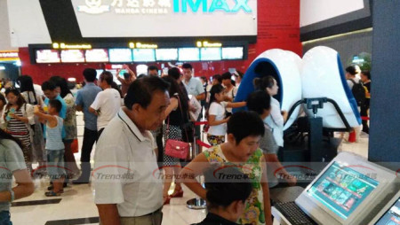 Xindy Most Attractive 9d vr in Wanda Plaza