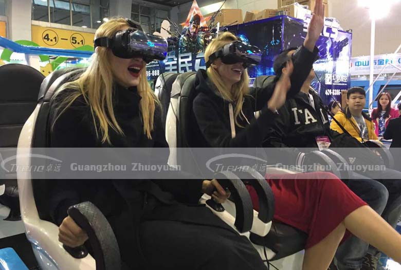 Xindy VR equipment players' facial expression (3)
