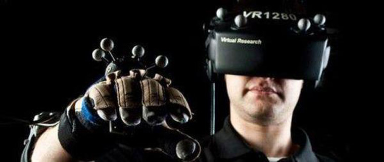 development-foreground-of-vr-game-machine-2