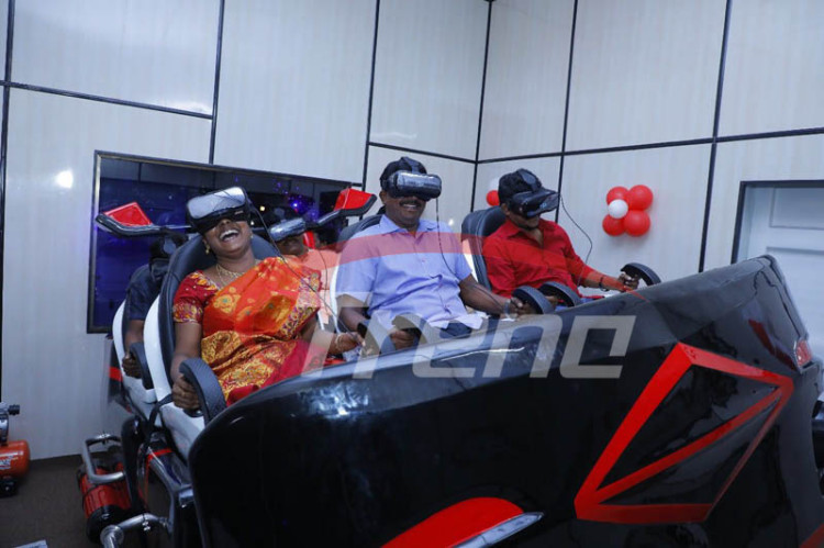 Xindy 9D VR experience Hall in India