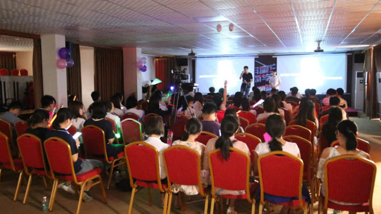 Guangzhou Zhuoyuan's Second session of Singing Competition